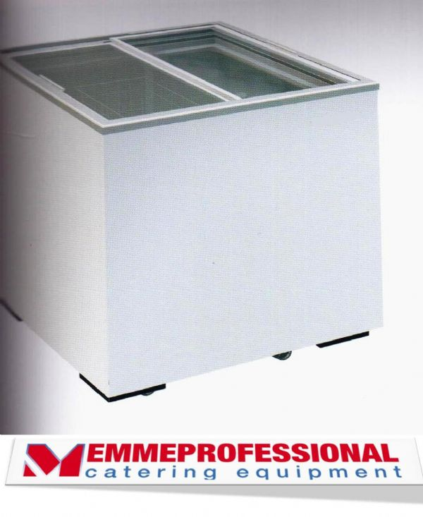 Congelatore a pozzetto 168 litri con scorrevoli di for Congelatore a pozzetto piccolo